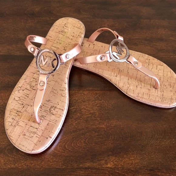 bcd434f21ed7 Michael Kors Rose Gold Jelly sandals. M 5aede3ca00450f1e44e88c84